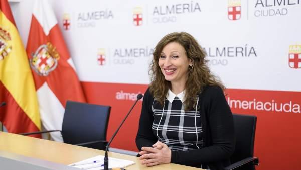Notas Ayto. Almería (2) Alcalde Exención Tasas Invernaderos / María Vázquez Resp