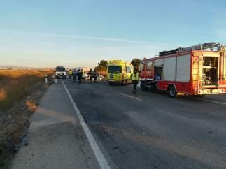 Dos muertos y nueve heridos en un choque frontal de un coche y una furgoneta en Murcia