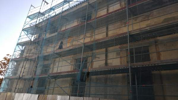 Fachada trasera MVA BIC calle Parras málaga restauración pinturas murales