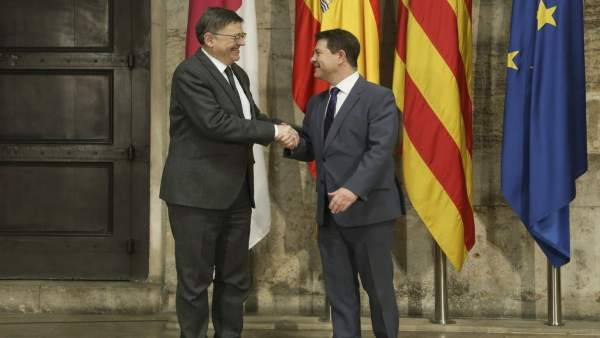 Los presidentes valenciano y manchego, en su encuentro en València