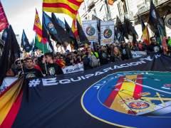 Miles de policías y guardias civiles piden la equiparación salarial