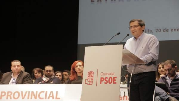 José Entrena interviene en el Comité Provincial del PSOE de Granada