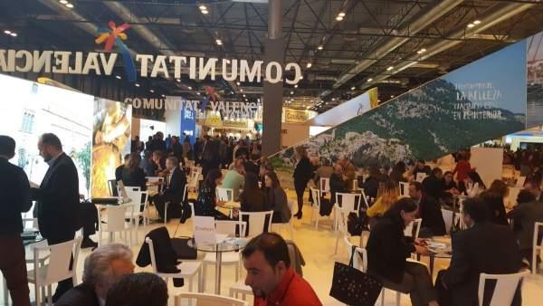 Espacio de reuniones en el stand valenciano