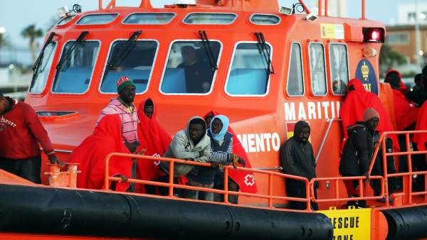 Inmigrantes rescatados en una patera. Diciembre 2017