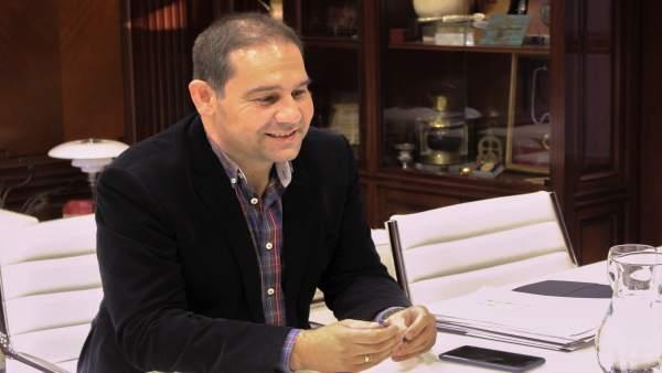 El presidente de la Autoridad Portuaria de Huelva, José Luis Ramos.