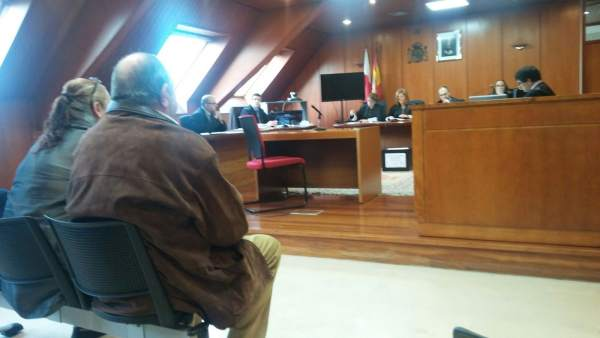Electricista acusado estafar Ayuntamiento Castro