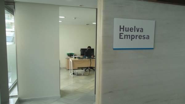 Nota De Prensa Y Fotos De Hoy, 22 De Enero, Ayuda Pymes Huelva Empresa