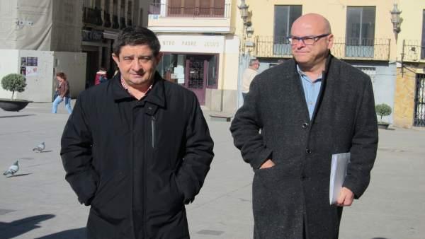 Francisco Reyes (i), junto a Manuel Fernández.