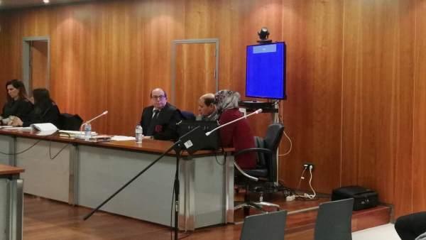 Jurado acusado de matar a su hermana con el cable de una plancha