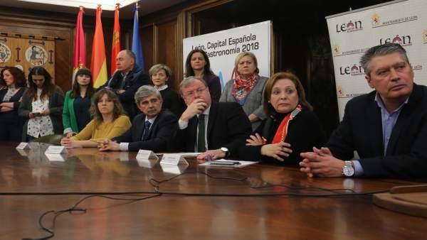 Prensa Aytoleón. Presentación Observatorio Para La Inclusión Social De León (Fot