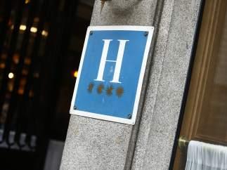 Hotel de cuatro estrellas, hoteles, turismo, alojamiento.