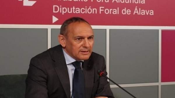 Ramiro González,