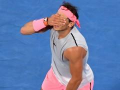 Nadal se retira del Open de Australia por problemas físicos y pasa a seminifinales Cilic