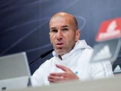 """Zidane: """"No tengo nada contra Kepa, lo mío es proteger a mi plantilla"""""""