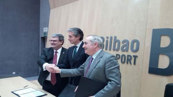 Firma convenio obras relleno Canal de Deusto
