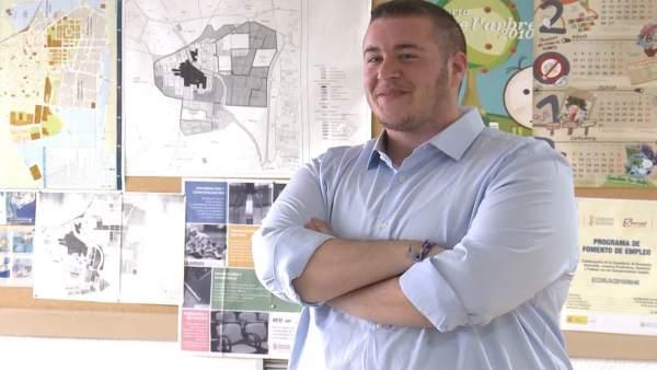 Guillem Montoro, Primer Hombre Trans Concejal De La Comunitat