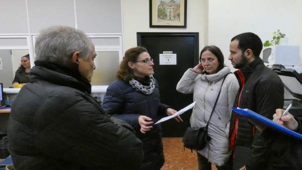 Rojas se reúne con trabajadores de los distritos.