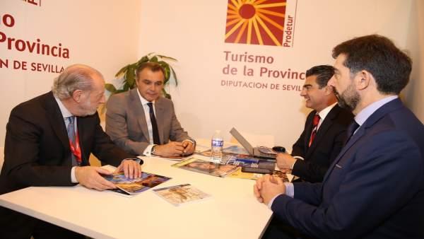 Reunión de trabajo de la Diputación de Sevilla en Fitur