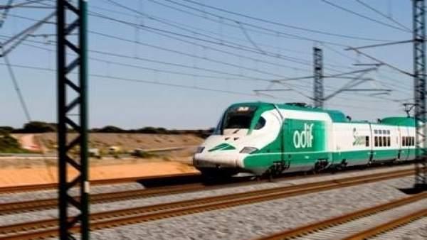 Tren de Adif.