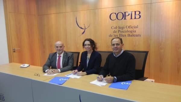 Firma Convenio Copib e IVI Mallorca