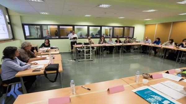 Reunión para elaborar las bases de los presupuestos participativos