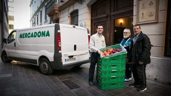 Mercadona amplía su red social en Valencia