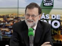 """Rajoy sobre la equiparación salarial de las mujeres: """"No nos metamos en eso"""""""