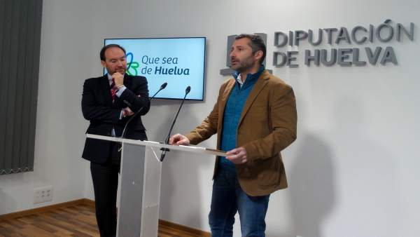 Nota De Prensa Y Fotos Sobre Presentación Libro Que Sea De Huelva