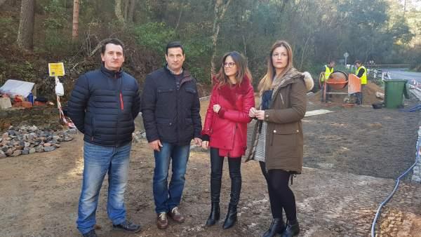 La delegada de Cultura en Huelva, Natalia Santos, visita Valdelarco y Galaroza.