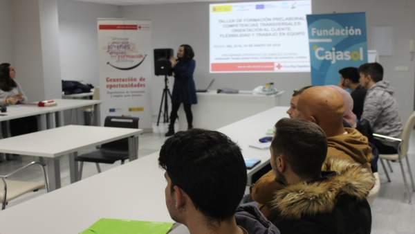 Curso impartido por la Fundación Cajasol y Cruz Roja.