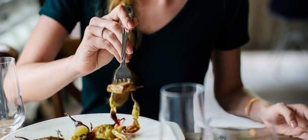Las ventas en bares y restaurantes, sobre todo hamburgueserías y pizzerías, crecieron un 2,5% en ...