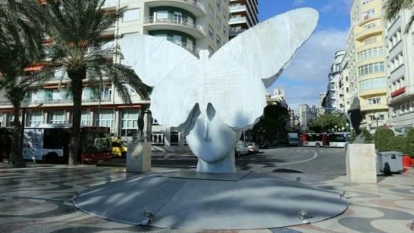 La Mariposa, en la Explanada de frente a la Rambla