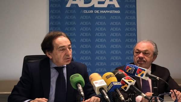 Salvador Arenere y José Guillén, este jueves en la sede de ADEA