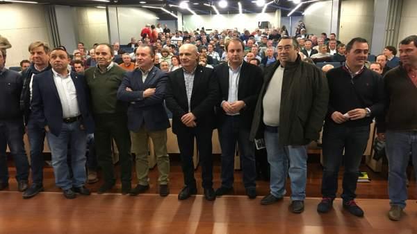 Valladolid.- Dujo, junto a secretarios provinciales de Asaja