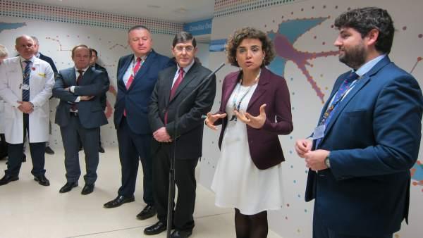 La ministra de Sanidad, Dolors Montserrat en Murcia
