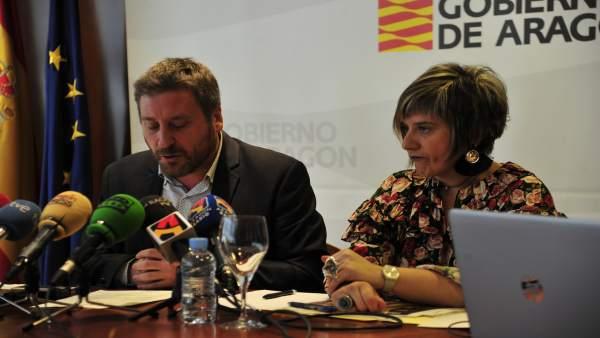 El consejero José Luis Soro y la directora general Mayte Andreu.