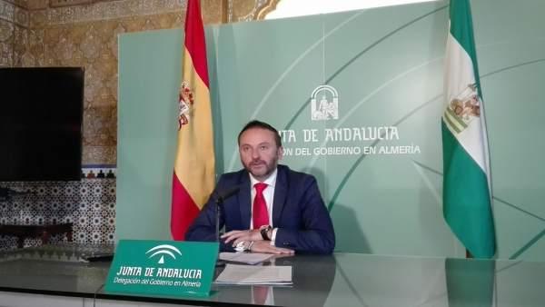 El delegado de Economía en Almería, Miguel Ángel Tortosa