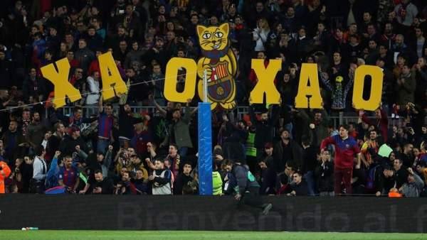 Pancartas en el Camp Nou
