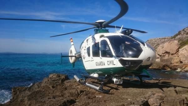 El helicóptero de la Guardia Civil