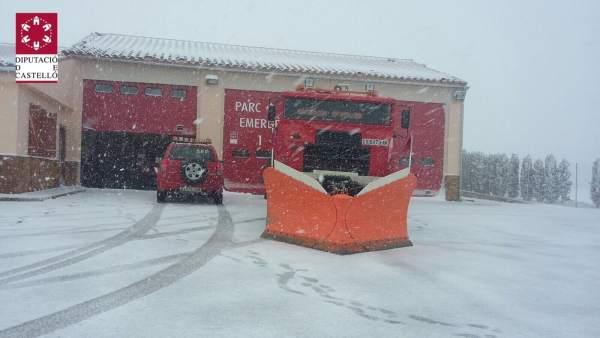 Comença a nevar als Ports i el 112 activa l'Emergència situació 0