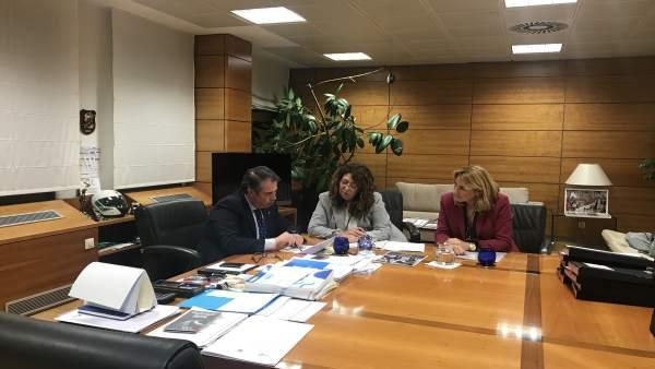 Gregorio Serrano López, Carmen Alba y Ana Beltrán.
