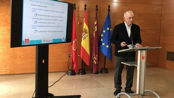 El concejal de Urbanismo, Medio Ambiente y Huerta, Antonio Navarro