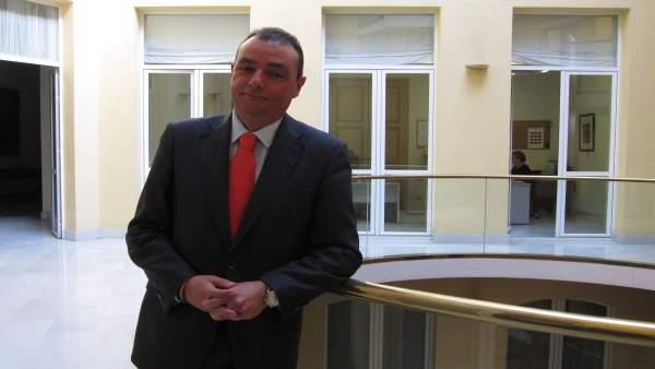 El presidente de la CEV, Salvador Navarro, tras la entrevista.