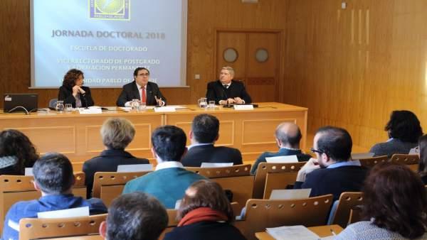 El rector de la UPO inaugura una Jornada Electoral