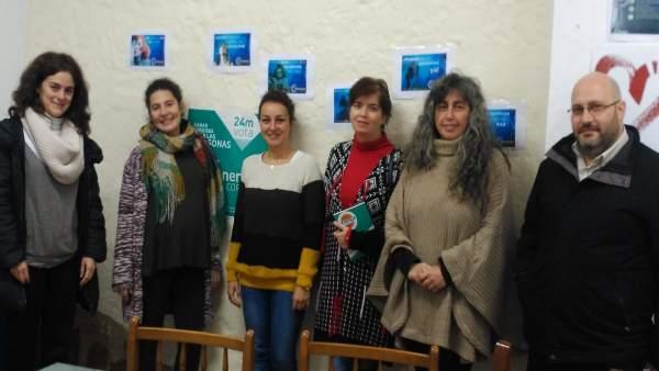 Vicky López y María de los Ángeles Aguilera con la Plataforma 'Niñ@s del Sur'