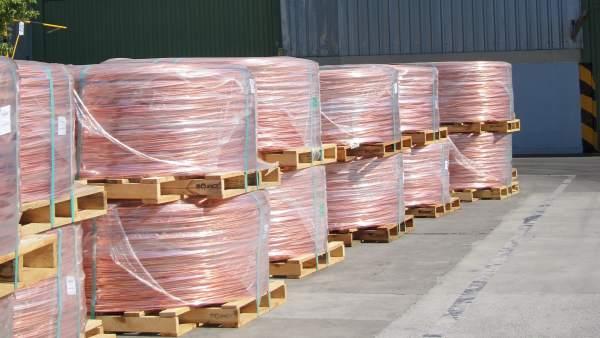 Bobinas de cobre en una factoría cordobesa