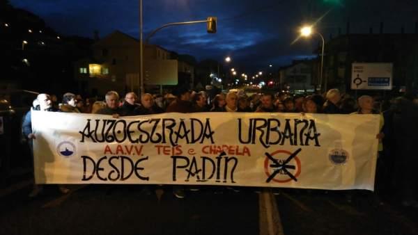 Protesta de vecinos de Teis y Chapela
