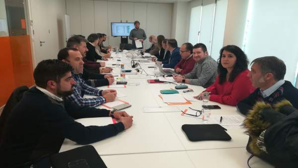 Hervías (Cs) en reunión con secretarios regionales del partido