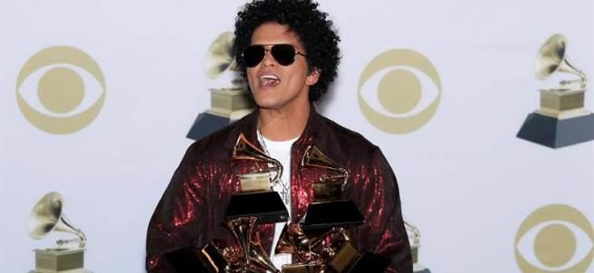 Bruno Mars conquista los Grammy