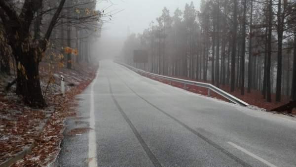 Carretera de la cumbre de Gran Canaria con hielo